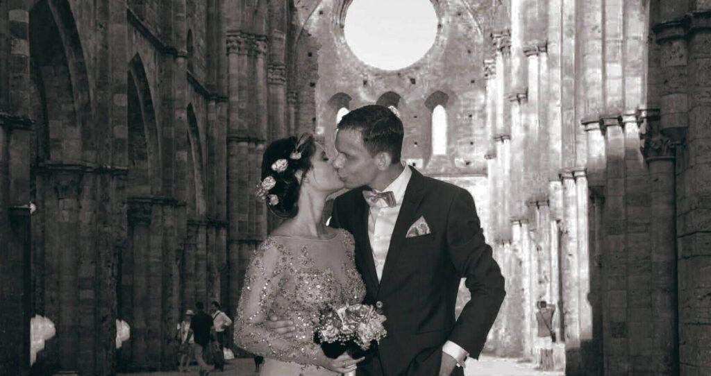 14 - vilma wedding vestuviu planavimas planuotoja vestuves italijoje organizavimas planuotoja patarimai idejos svente santuoka san galgano pasiulymas