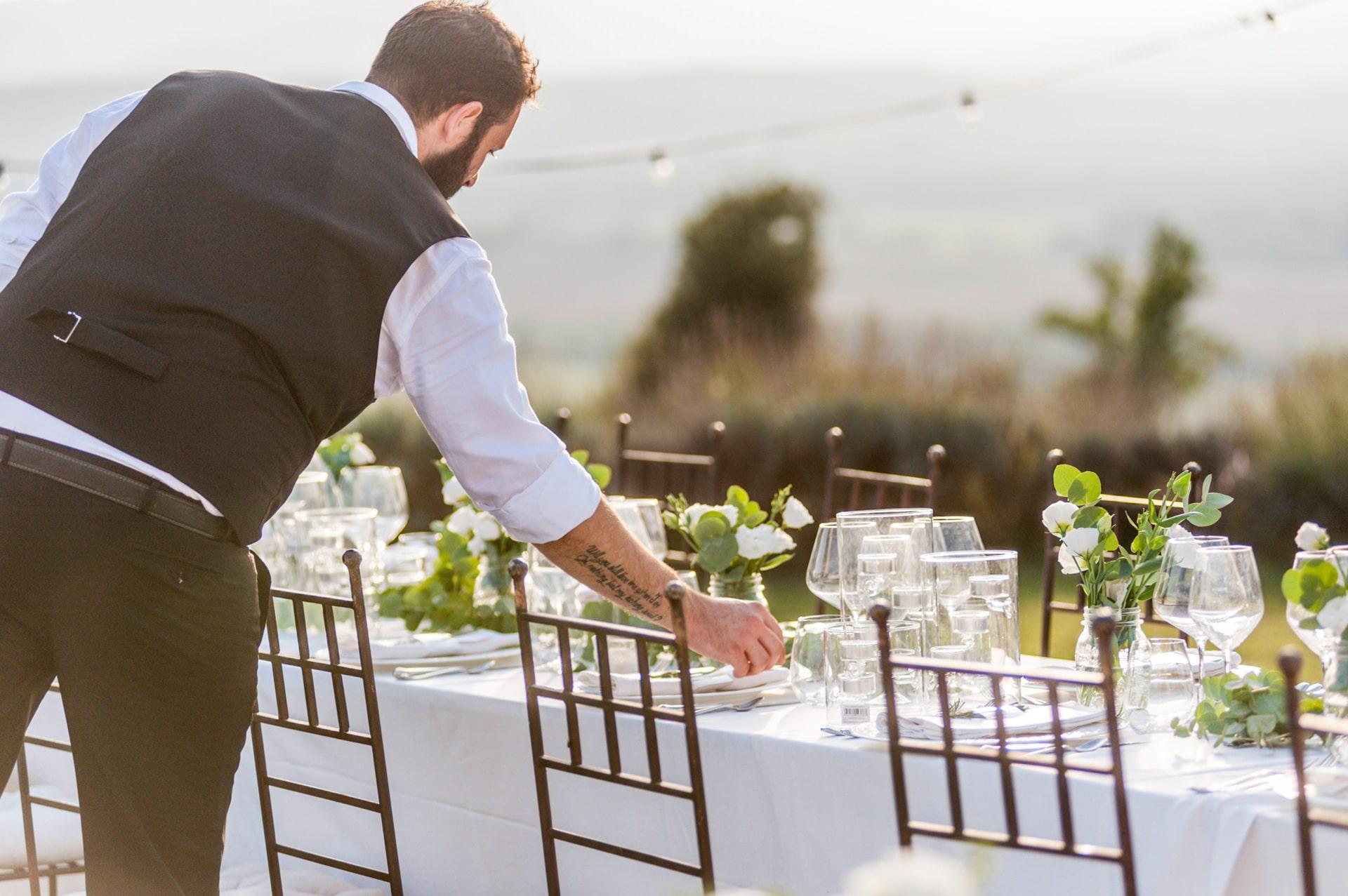 Vilma Wedding & Event Planner _ vestuvės _ Toskana _ Vilma Rapšaitė _ vestuvių organizatorė koordinatorė _ aptarnavimas _ tiekimas į stalą